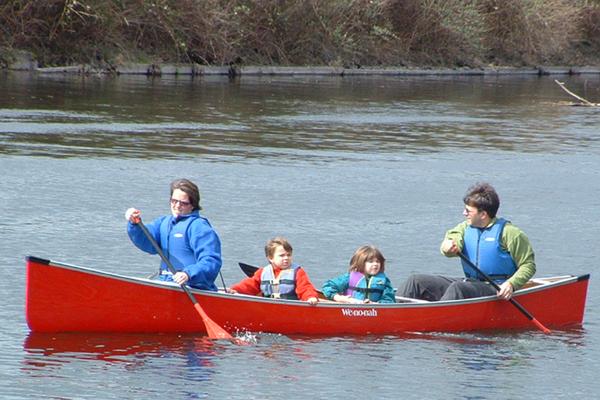 Canoe Family (2)